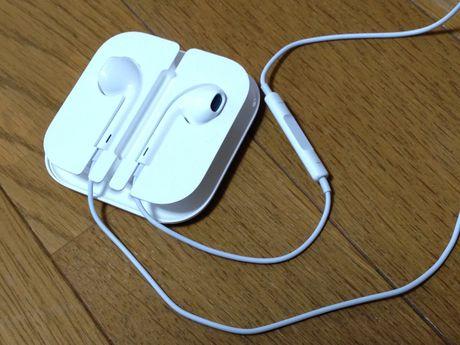 20121029_EarPods_03.jpg